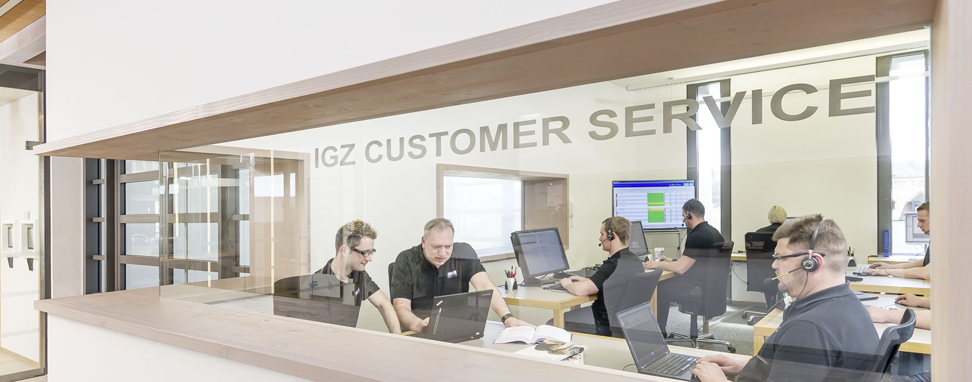 IGZ CUSTOMER SERVICE